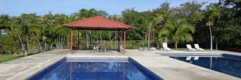 cropped-pool-view.jpg
